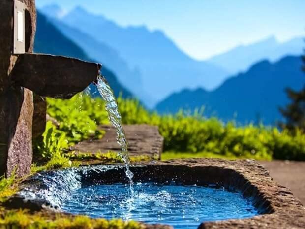 Самой чистой считается родниковая вода