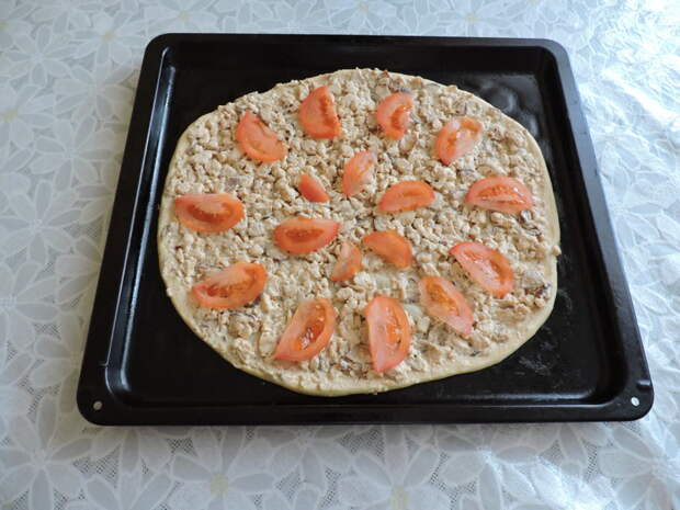 Можно украсить кусочками помидор еда, пицца домашняя, своими руками, сделай сам