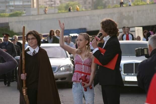 Откуда в фильме о Гарри Поттере скульптуры с площади Революции и эмблема московского метро?