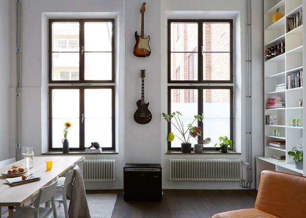Лофт музыканта с гостиной на антресоли в Стокгольме (64 кв. м)