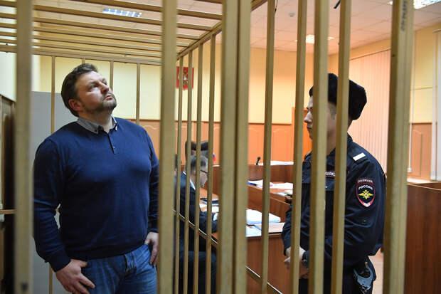 Не Фургалом единым: Умные преступники идут в чиновники