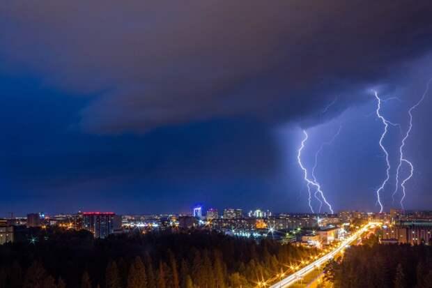Непогода в Удмуртии, повышение цен на газ в России и исчезнувшая с карт «Google» Палестина: что произошло минувшей ночью