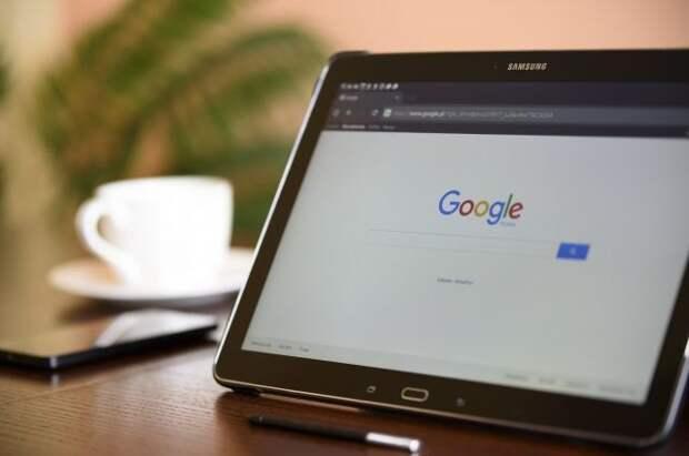 Суд в Москве рассмотрит 22 протокола на Twitter, Facebook и Google