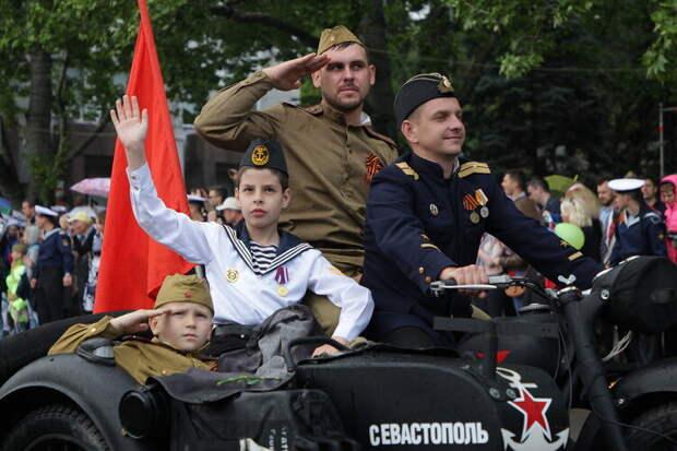 Парад Победы в Севастополе 9 мая 2021 года: когда начнётся, как посмотреть, где будет трансляция