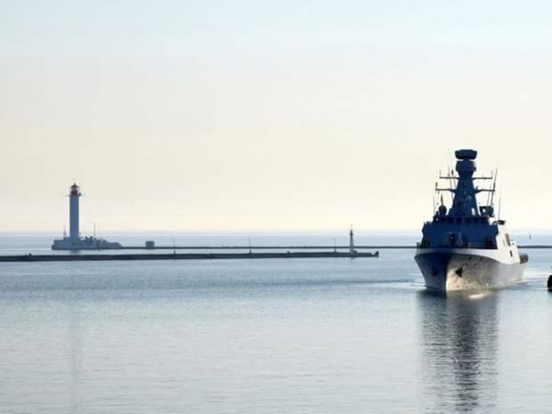 Зеленский обсуждал с США помощь в укреплении безопасности на Черном и Азовском морях