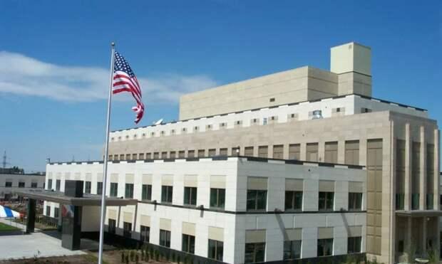 В посольство США в Ереване прибыл спецназ Дельта