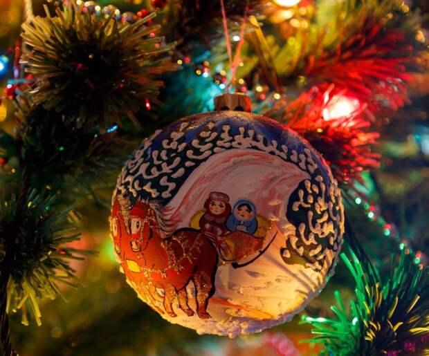 В симферопольских школах новогодние праздники встретят без массовых гуляний