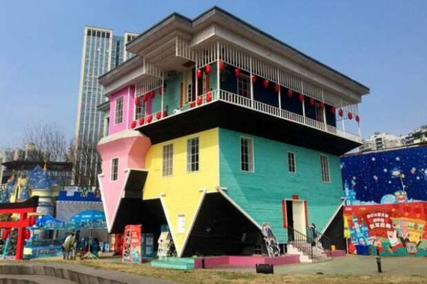 Страх, да и только: в Китае выбирают самое уродливое здание страны