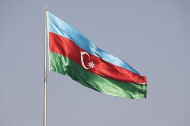 Азербайджан заявил о передаче Армении военного, нарушившего границу