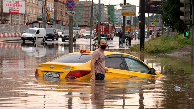 """Новая климатическая реальность: """"Потоп тысячелетия"""" пришёл в Китай и догоняет Россию?"""