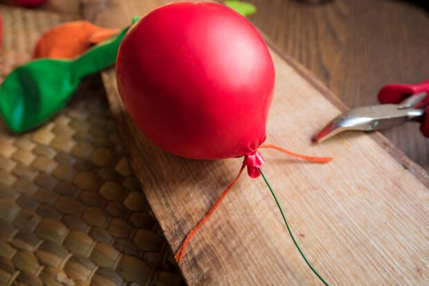 Шарики не надуваем, а набиваем! Покажите детям, как можно их обычных шариков сделать необычную игрушку