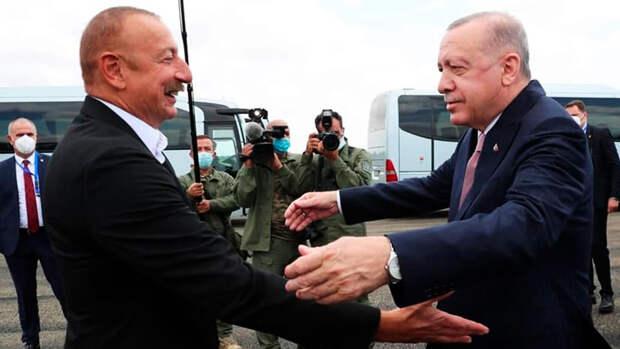 Эрдоган пообещал помочь Азербайджану в восстановлении Карабаха