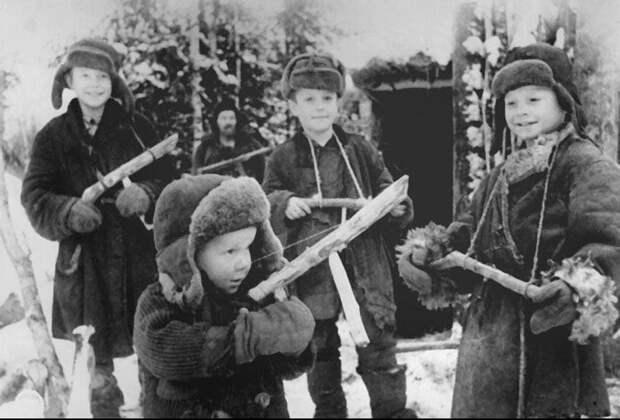 Молимся о павших в Великой Отечественной войне, а думаем о нынешней…