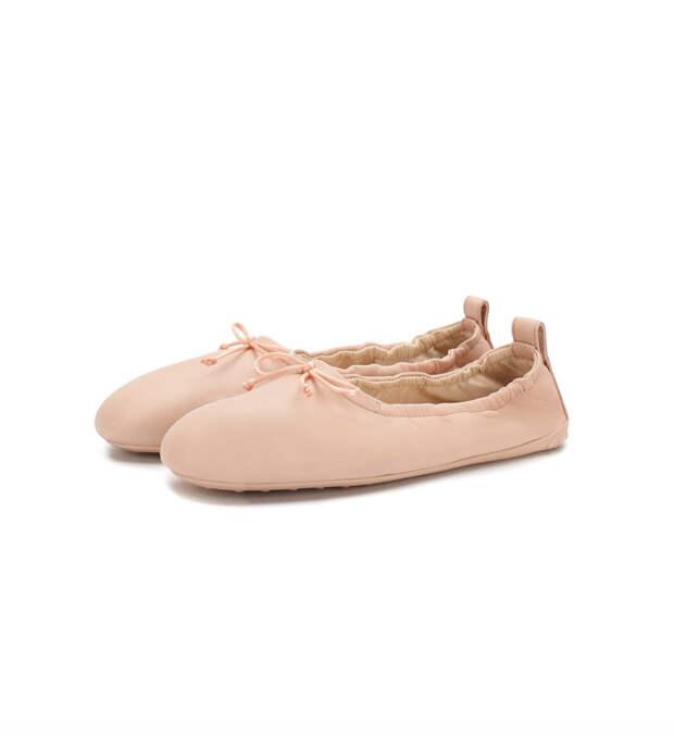 «Туфелька для новой Золушки»: в моду вошли уродливые сабо на каблуке