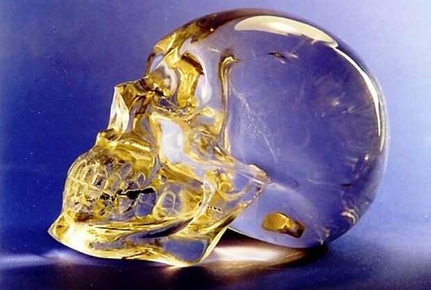 Мистические хрустальные черепа