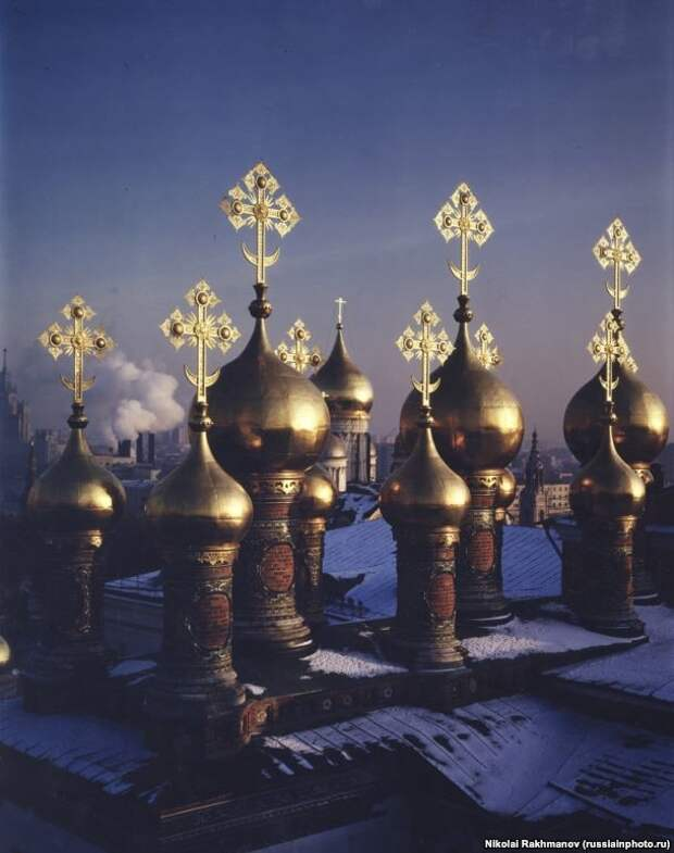 Вид на Патриарший Дворец в Кремле, 1995 год. 90-е, СССР, фото