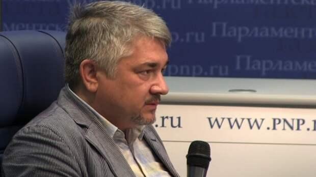 Ищенко рассказал, что может произойти с Лукашенко за год