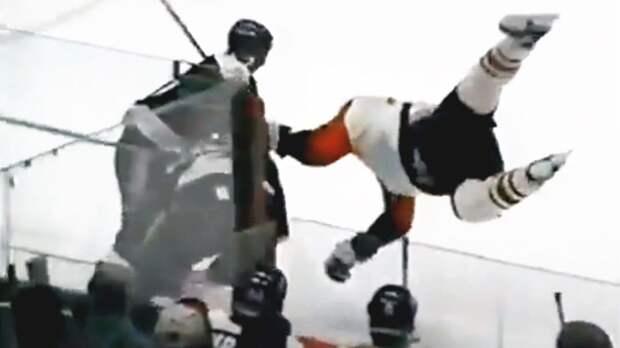 Уложил бугая красивым приемом. Русский защитник Уланов поймал канадца Линдроса на «мельницу»: видео из 1996-го