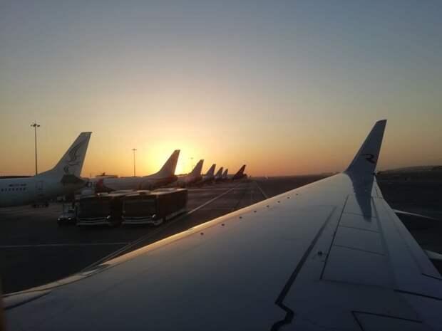 Самолет Москва— Екатеринбург совершил экстренную посадку из-за смерти пассажира