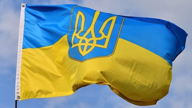 Реакцию россиян на человека с символикой Украины сняли на видео