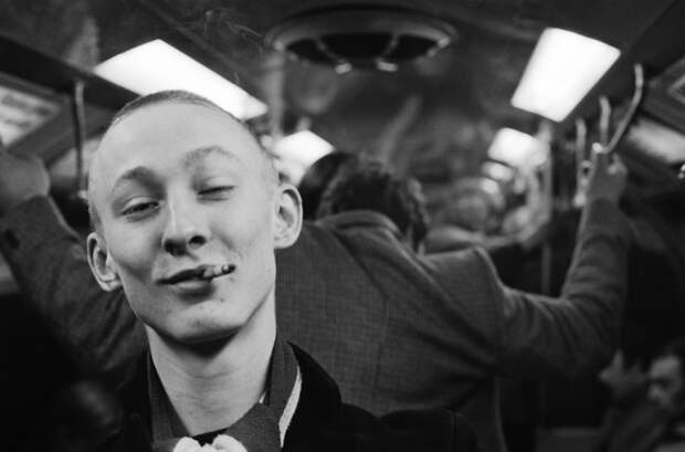 «Непокорный дух старушки Англии»: опубликованы ранее неизвестные фото скинхедов 60–80‑х