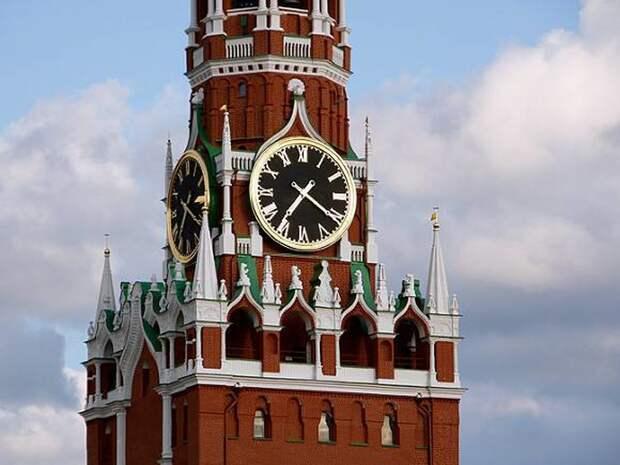 В Кремль оценили перспективу ввести новые нерабочие дни во всей России