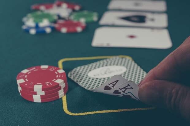 Чуть меньше миллиона рублей штрафа заплатят организаторы подпольного казино в Удмуртии