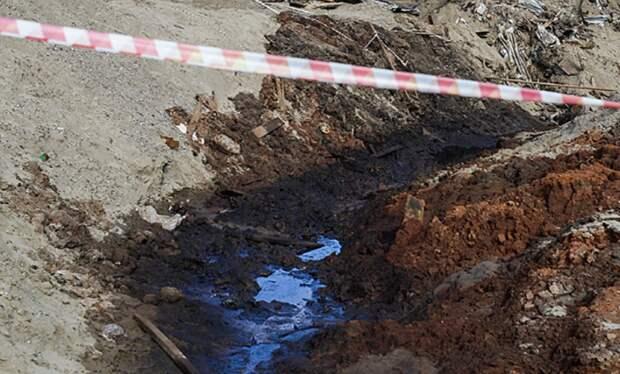 Таймырская топливная компания запретила использование резервуара после утечки топлива
