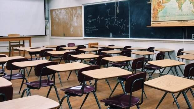 Мэр Благовещенская отреагировал на сигнал о ЧС в местной школе