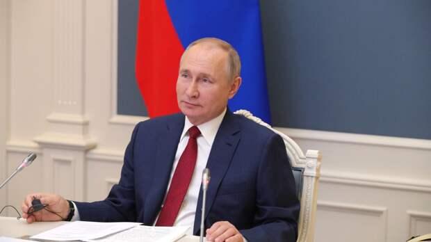 Путин заявил о готовности России содействовать укреплению суверенитета Ливии