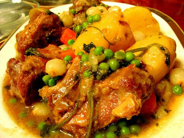 Мясо с картофелем по-гагаузски