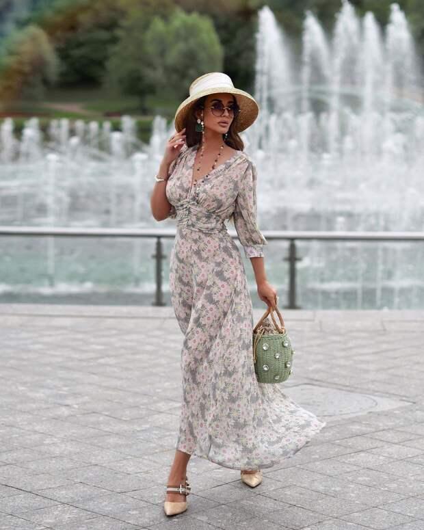 Идеально для лета! Как стильно носить шифоновое платье