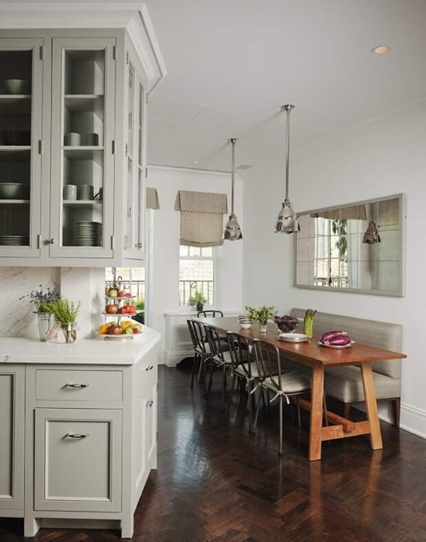 Правильное зонирование кухонного пространства позволит даже на небольшой площади поместить всю необходимую гарнитуру.
