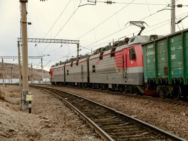 Поезд сбил подростка на станции Черновские в Чите