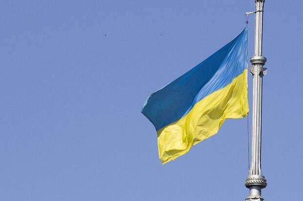 Депутат Рады предложил запретить футбол на Украине после решения УЕФА