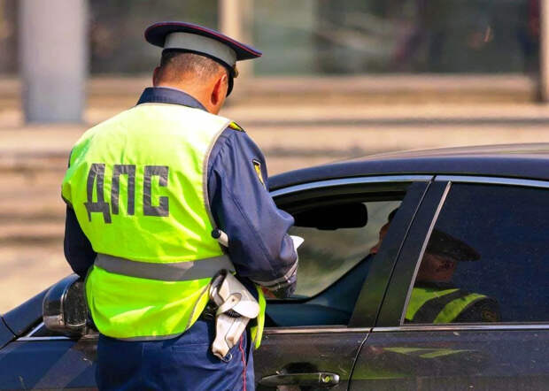 Новые штрафы для всех водителей
