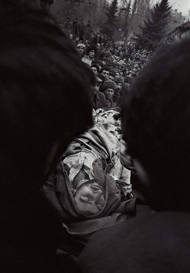 zhizn-pojmannaya-vrasploh-snimki-legendarnogo-sovetskogo-fotozhurnalista-quibbll-6