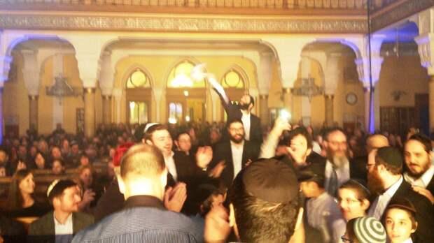 Пострадало более 200 человек при обрушении трибуны синагоги близ Иерусалима