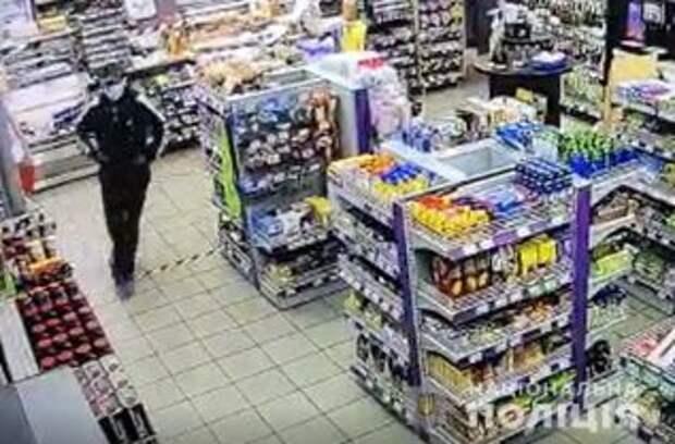 Бывший сотрудник одной из АЗС в Киеве ограбил ее с газовым баллончиком