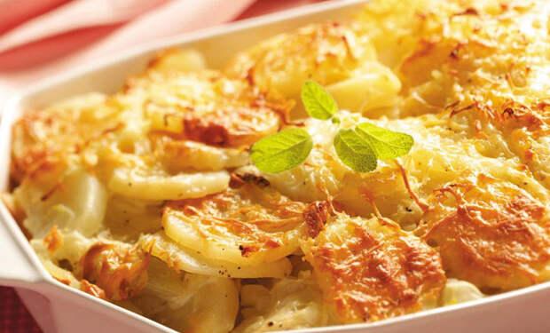 Мясо по-французски: сочное горячее под сырной корочкой