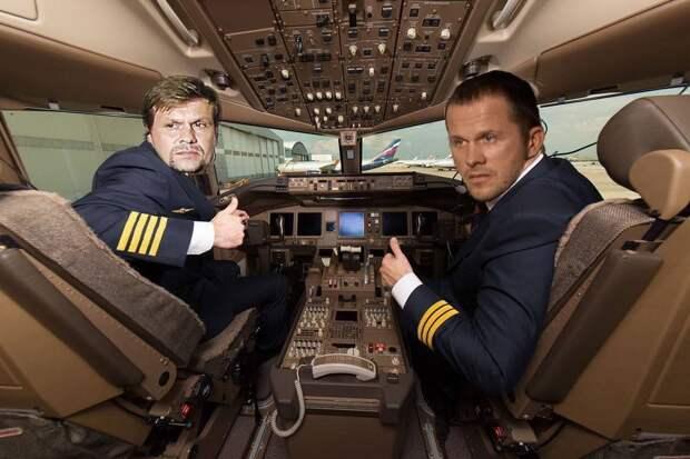 Короче. Белоруссия заземляет рейс Ryanair. Версия Орды.