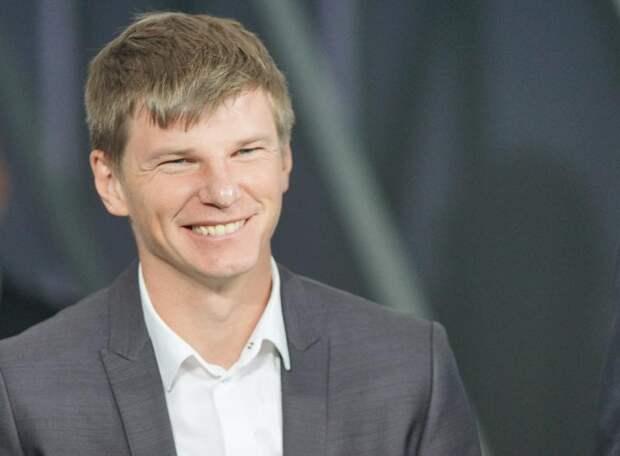 Полузащитник «Шальке» Ярослав МИХАЙЛОВ: С приходом Аршавина к основе «Зенита» стали больше подпускать молодежи