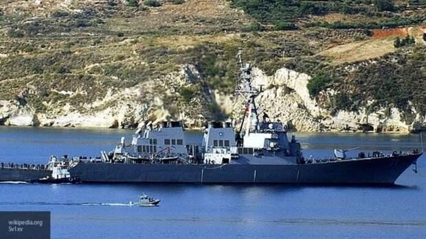 Российские военные следят за эсминцем США в акватории Балтийского моря