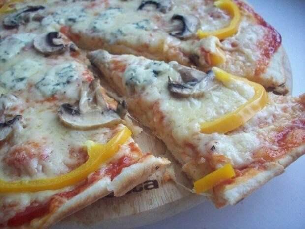 Пицца «3 сыра» с грибами