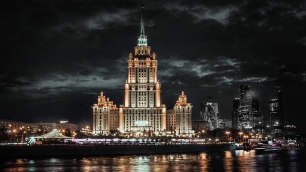 Российский посол прибыл из Нью-Йорка в Москву