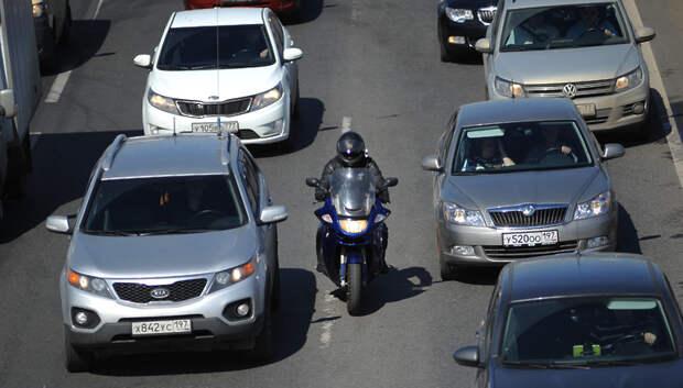 На 15% увеличилось число автомобилей на дорогах Подмосковья за сутки