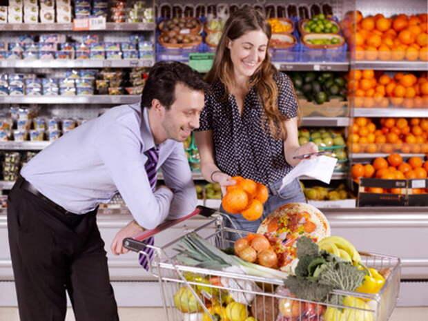 Составленный список продуктов поможет не набрать лишнего.