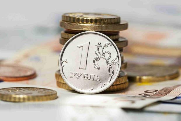Как заработать на падении курса рубля