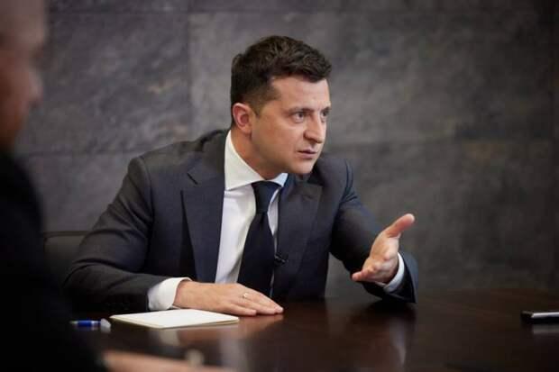«Это несправедливо»: Зеленский пожаловался на требования МВФ к Украине