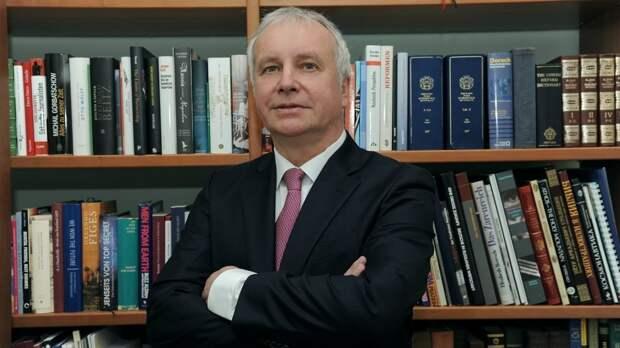 Политолог Рар объяснил, почему ЕС не поддержал Чехию в нападках на Россию